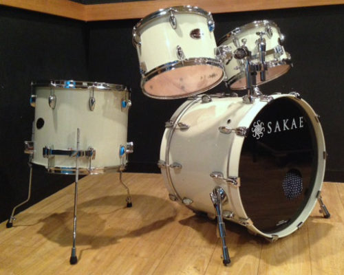 SAKAE DRUMS/Almightyメイプル・Vintage White(白系)